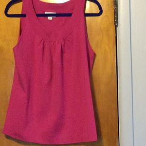 Reduced-ANN TAYLOR Round Neck Sleeveless Tee